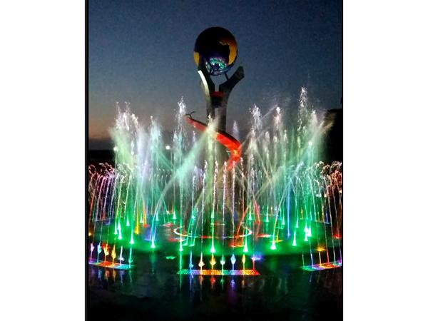 旗塔木政府广场